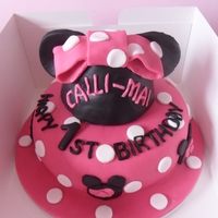 Minnie Mouse Cake minnie mouse cake the hat is also a cake