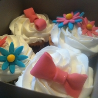 Daisy Cupcakes can be used for any event baby shower 1st birthday princess had a fun time making these