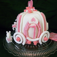Cinderella's Carriage Made this for my granddaughter's birthday. Inspired by TheCakeShak.