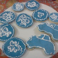 Brush Embroidery Shortbread Cookies Any suggestions for improvements are welcome! Based it on Toba Garret's Book.