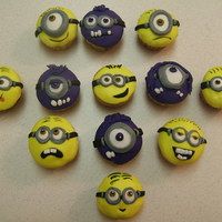 Minion Cupcakes So much inspiration on this site. Made these for my co-workers on *my* 18th work anniversary. Cupcakes with MMF.