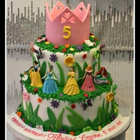 Disney Princesses Cake   Disney Princesses cake