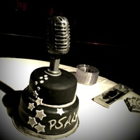 50S Microphone this was for a groom's cake. the idea was taken from his tattoo