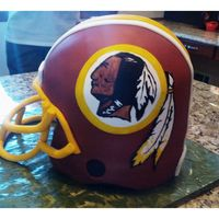 My Latest Redskins Helmetgets Better Every Time Used Cocoa Butter And Powder Colors To Paint The Details This Time 4 Layers Of Cake A My latest Redskins helmet...gets better every time. Used cocoa butter and powder colors to paint the details this time. 4 layers of cake...