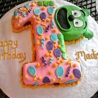 Gummy Bear Cake This is the dancing gummy bear on you tube. my great niece's first birthday she loved it!