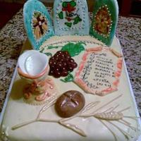 Cake Altar   Cake made ​​for a priest.I reproduce the altar with symbols of the church and stained glass.Decorations all in mmf.