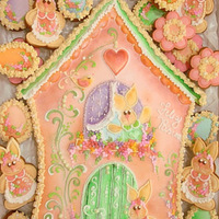Gingerbread Easter House...  decorated in royal icing ...with airbrush to see more models ...our fan page: Boutique de Cookies Is a great pleasure to share with you our...