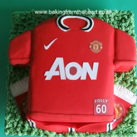 Manchester United Football Top Cake. My first football top cake.