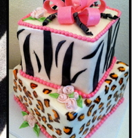 Animal Print All decorations are fondant. Hand painted cheetah spots
