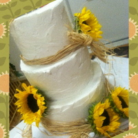 Rustic Sunflower Wedding I was skeptical of this wedding cake, but realized that I loved it in the end.