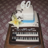 Hammond B3 Organ Birthday Cake Made for a friend who is our church organist.