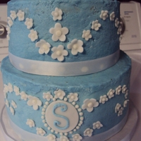 Small Blue & White Wedding Cake   BUTTERCREAM WITH FONDANT FLOWERS