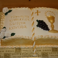 First Holy Communion I made this cake for a polish born boy, who lives in the Netherlands now.Everything is edible