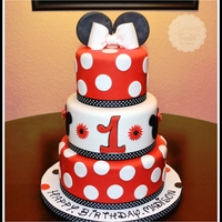 Red Minnie Cake