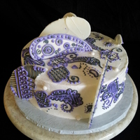 Art Deco Paisley Birthday!!! all hand piped and the standing paisleys are chocolate piped in royal icing