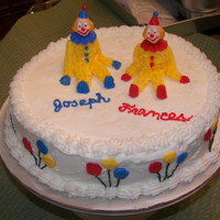 Buttercream Clowns First cake in class making figures with butter cream