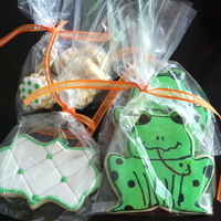 Frog Set Of Cookies These frog cookies are so cute.
