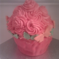 Giant Cupake Giant Cupcake with flowery top