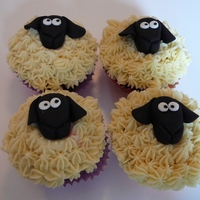 Easter Bunny, Chick And Lamb Cupcakes