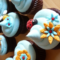 Spring Flower, Bee And Ladybug Cupcakes