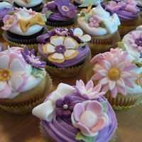 Romantic Flower Cupcakes