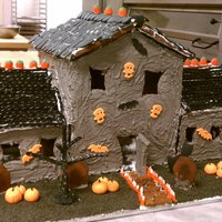 My Spooky Gingerbread Mansion