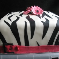 Inlaid Zebra Print I laid on the zebra stripes and then rolled them into the white. I like how ot turned out! Cake is white butter with lemon curd and...