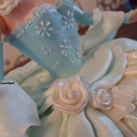 Prinsess   Cake for girl's first communion, covered in fondant.
