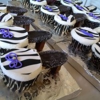 Shoes! Zebra shoe cupcakes.