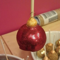 Christmas Ornament Cake Pops