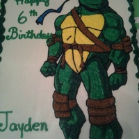 Teenage Mutant Ninja Turtles Leonardo TMNT in buttercream on marble sheet cake