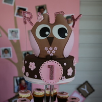 "Owl Cupcake Tower I made this for my 2nd daughter's 1st birthday. Both the owl and the 6"" round were made from a dense chocolate cake, layered and..."