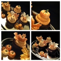 Elegant Fall Cupcakes Super cute pumpkins and leaves