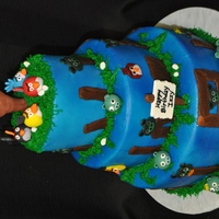 Angry Birds Tiered Cake   Angry Birds Cake