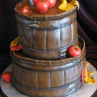 Apple Basket Cake I made this for my daughter's school Fall Festival for the auction. It went for $25.