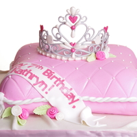 My First Gumpaste Tiara From A Cc Template Cant Remember Whose Though I Did This Cake Nearly A Year Ago It Remains One Of My Favo My first gumpaste tiara, from a CC template (can't remember whose :( ). Though I did this cake nearly a year ago, it remains one of my...