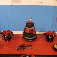 Black & Red Wedding Cake & Rose Cupcakes