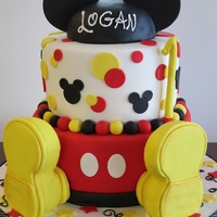 "Mickey Got Big Shoes   Friend asked for this design, she found it here on CC. (thank you designer ?) 10""-8"" dbl."