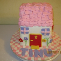 House Cake a house cake for a girl