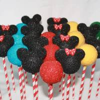 Mickey & Minnie Mickey and Minnie Mouse Cake Pops