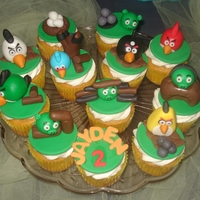 Angry Bird 3-D Cupcakes Pumpkin Spice cake with Pumpkin mousse filling