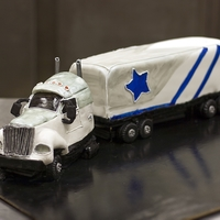 Big Rigg Grooms cake for a truck driving Dallas cowboys fan...way too much work for what I charged :/