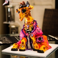 Gorgeous Giraffe my rejected submission to cake central magazine :o(
