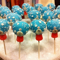 Snow Globe Cake Pops Inspired by Bakerella and Nadia Bakes.