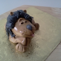 Sleeping Lion   Gumpaste sleeping lion