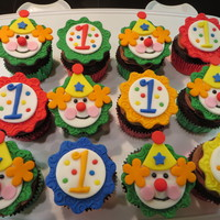 Clown And 1 Cupcake Toppers To Go With A Circus Theme Cake For My Grandsons First Birthday Thank You For Looking Clown and 1# cupcake toppers to go with a Circus theme cake for my Grandson's first birthday! Thank you for looking!