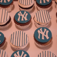 Yankee Cupcakes Yankee cupcakes for a baseball lover from the Bronx.