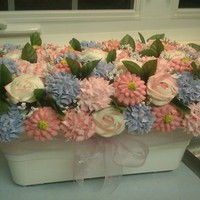 I Havent Posted In A Long While But Thought I Would Post This 6Dz Mini Cupcake Bouquet For A Baby Shower I haven't posted in a long while, but thought I would post this 6dz mini cupcake bouquet for a baby shower.