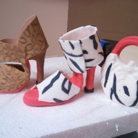 3D Gum Paste Shoes And Purse