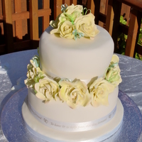 Roses i made this cake for a friend in canada wedding sadly i did not got to go with the cake there but very happy to say it got there safe TFL